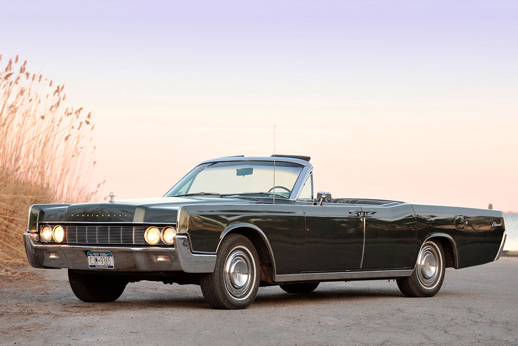 Lincoln Continental convertible (1967)