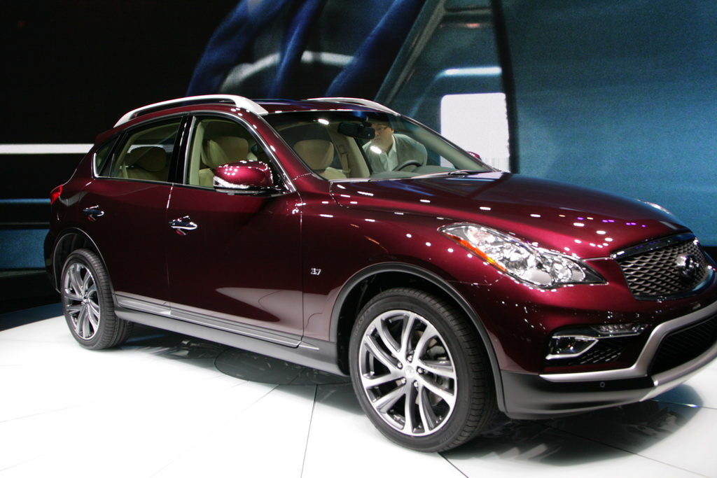 Инфинити QX50 New-York Motor Show 2015