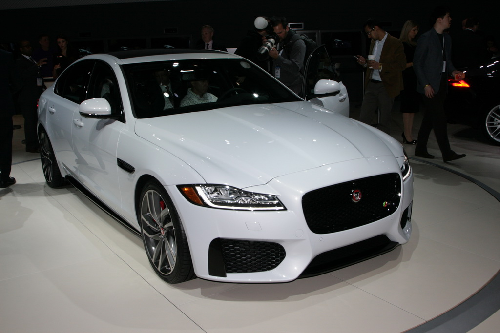 Ягуар XF New-York Motor Show 2015