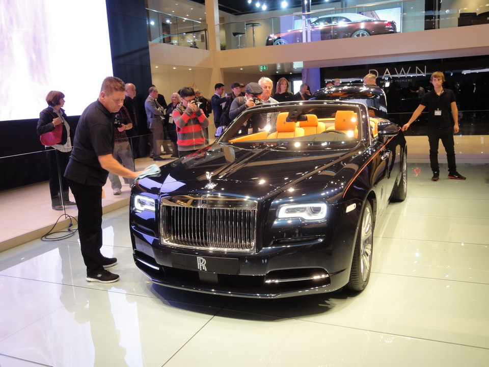 Автосалон во Франкфурте 2015 : Rolls-Royce Dawn