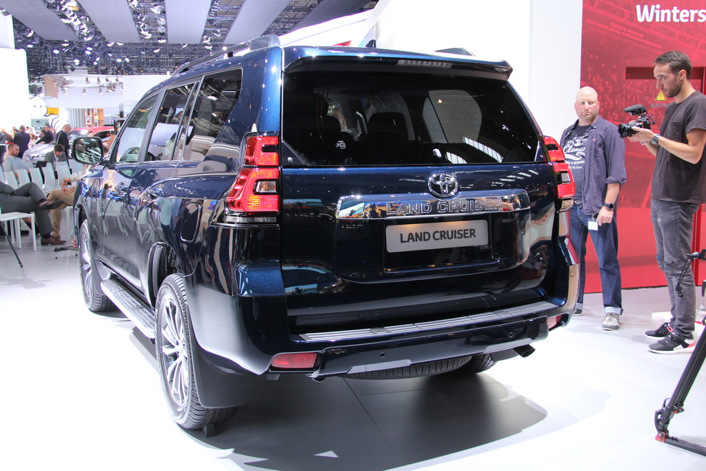 Тойотa Land Cruiser Prado Frankfurt auto salon-2017 (30)